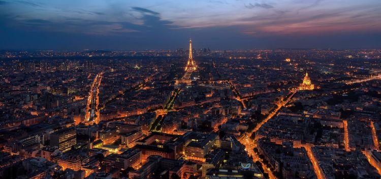Weekend nella splendida Parigi: 2 notti in ottimo hotel 4* con volo incluso da soli 90€